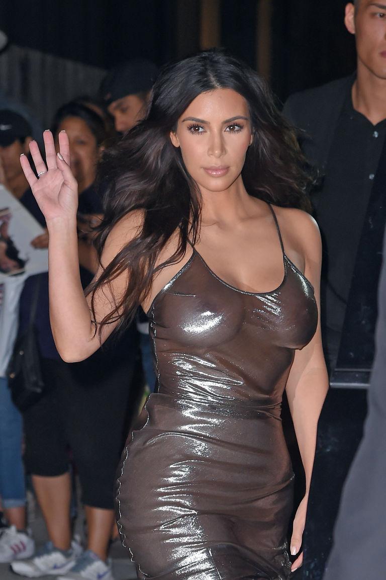kim-kardashian-capezzoli-5